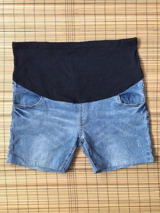 Maternity shorts 38 inches hipline