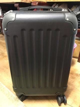 行李箱20吋
