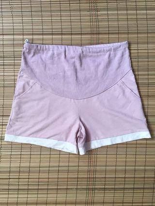 Maternity shorts 35 inches hipline