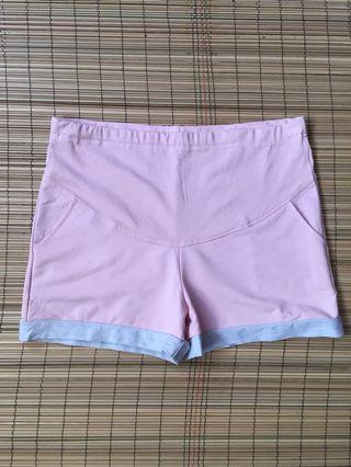 Maternity shorts 35-36 inches hipline