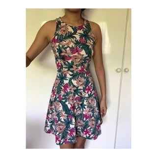 🚚 bnwot H&M Floral Skater Dress #endgameyourexcess