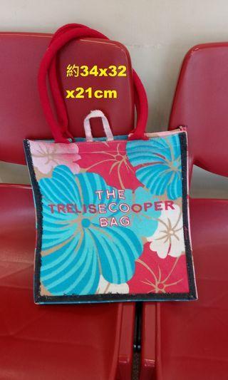 The Trelise Cooper flamingo/hibiscus motif bag