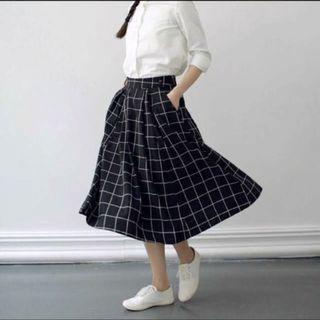 BN Midi Grid Skirt with POCKETS!