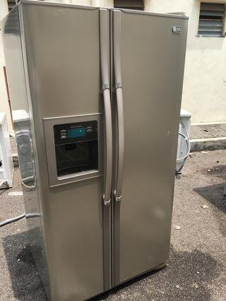 Fridge LG side by side Freezer Refrigerator Peti Sejuk Refurbished ice dispenser