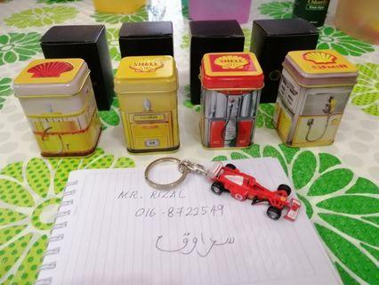 F1 FERRARI Shell Tin Keychain Lot