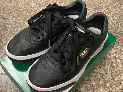 限時優惠:9.5成新Puma CalI Wn's女生黑色球鞋
