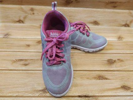 Sepatu anak buble gum