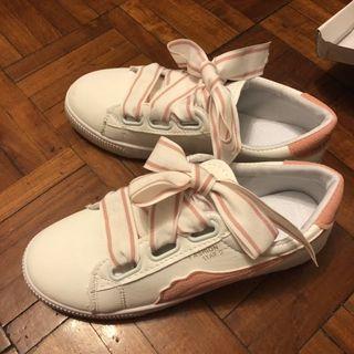 全新白色粉紅粗帶休閒波鞋