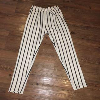 xs-s garterized slacks