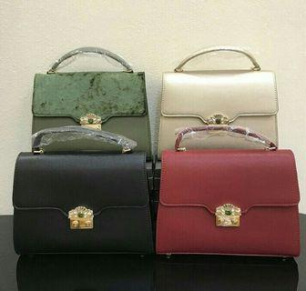 AUTH CHARLES KEITH