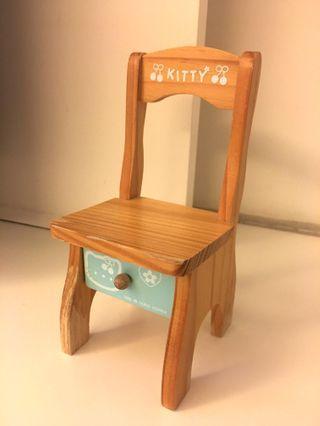 Hello Kitty 椅子擺設