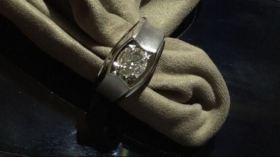男裝鑽石戒指D色48份