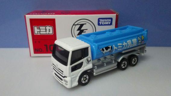 Tomica Event Model TEM 10 牛奶 乳業 貨車 Nissan Diesel Quon Takara Tomy Tomica