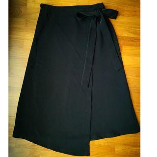 Midi Skirt Tie Wrap Skirt in Black M Size