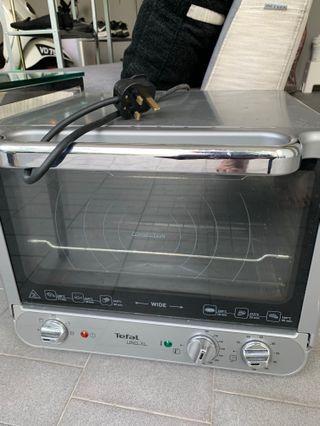 Tefal oven - medium sized