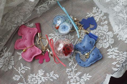 Preserved flower bag charms