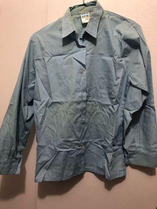 PTCC 嘉諾撒培德書院 冬季恤衫,領口有點發黃,不喜勿買