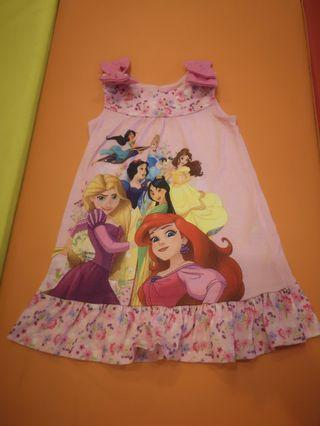 Dress Princess Disney store size 2t