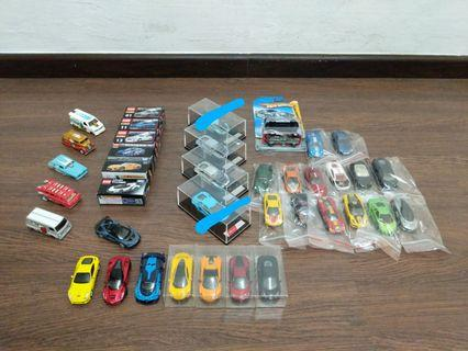 Assorted 1/64 cars