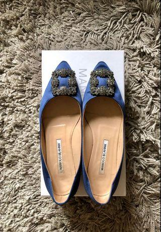 Authentic Manolo Blahnik hangisi blue satin flats with original shoe box and dust bag