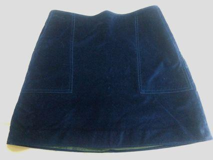 🚚 GAP百搭深藍短裙