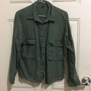 🚚 軍綠 牛仔外套