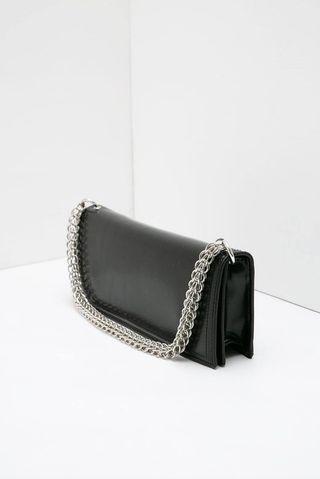 Affin Decyta Chain Handle Details Sling Bag Black