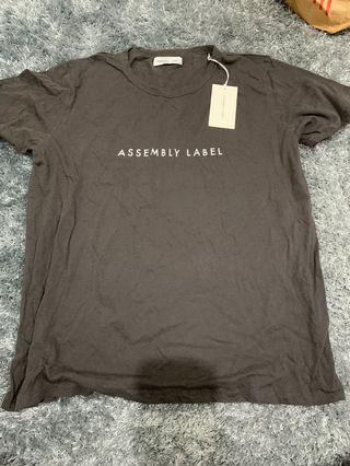 BNWT Large Assembly studios top