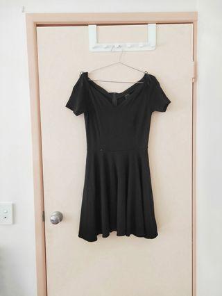 DESIGNER IN ITALY black dress