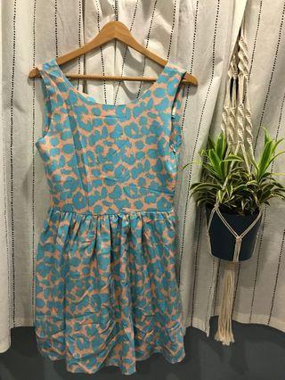 🚚 Blue and Salmon Leopard Print Dress