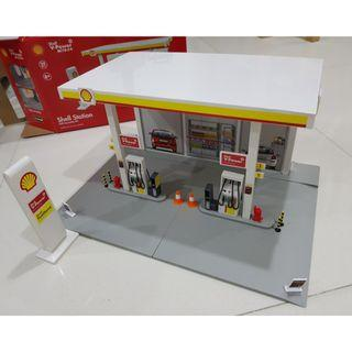 Petrol station and cars 3D jigsaw puzzle