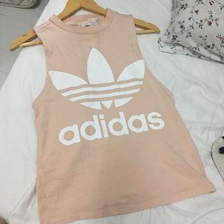 Adidas sleeveless shirt