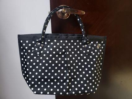 全新 Agnes b dots 黑白波點餃子手袋