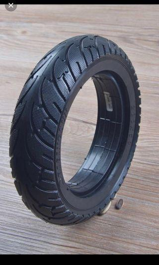 Tubeless tyres for escorted