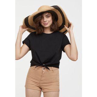 H&M brown shorts