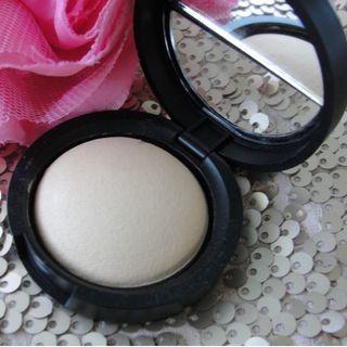 Laura Geller Baked Highlighter – French Vanilla 1.8g