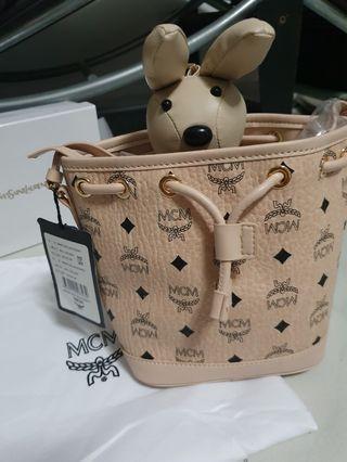 🚚 MCM rabbit bucket bag