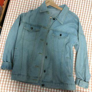 🚚 Light Stone Washed Denim Jacket