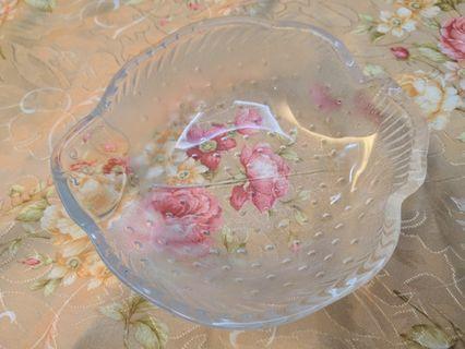 Fish bowl, solid