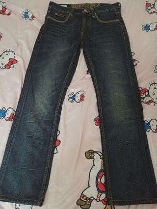 Chevignon 牛仔褲