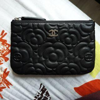 🚚 Chanel camelia mini o case