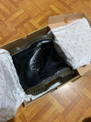 10孔馬汀靴男Dr.Martens  專櫃正品