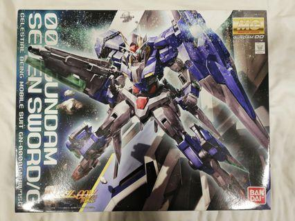 MG 1/100 Scale 00 Gundam