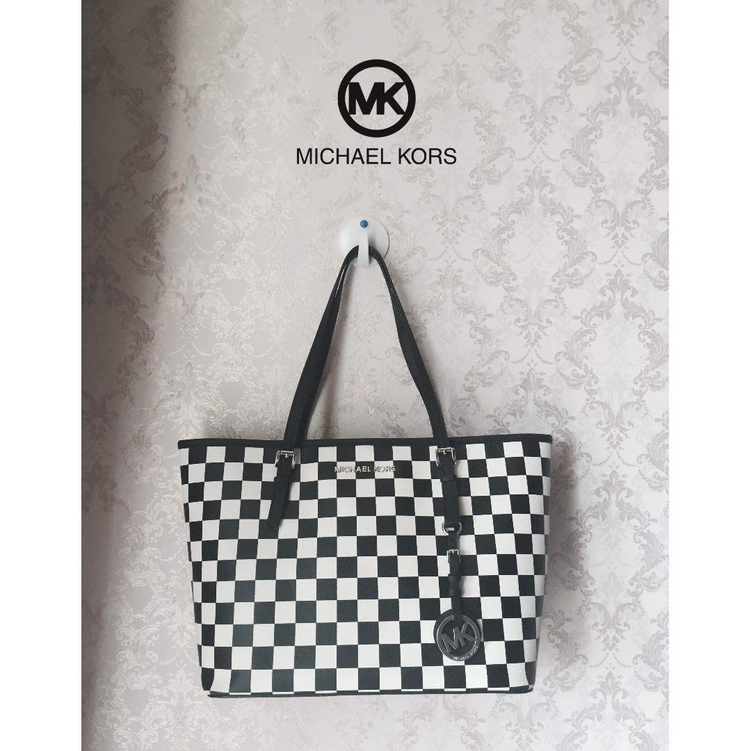 [ NEW ] Michael Kors Jetset Checked Tote Bag