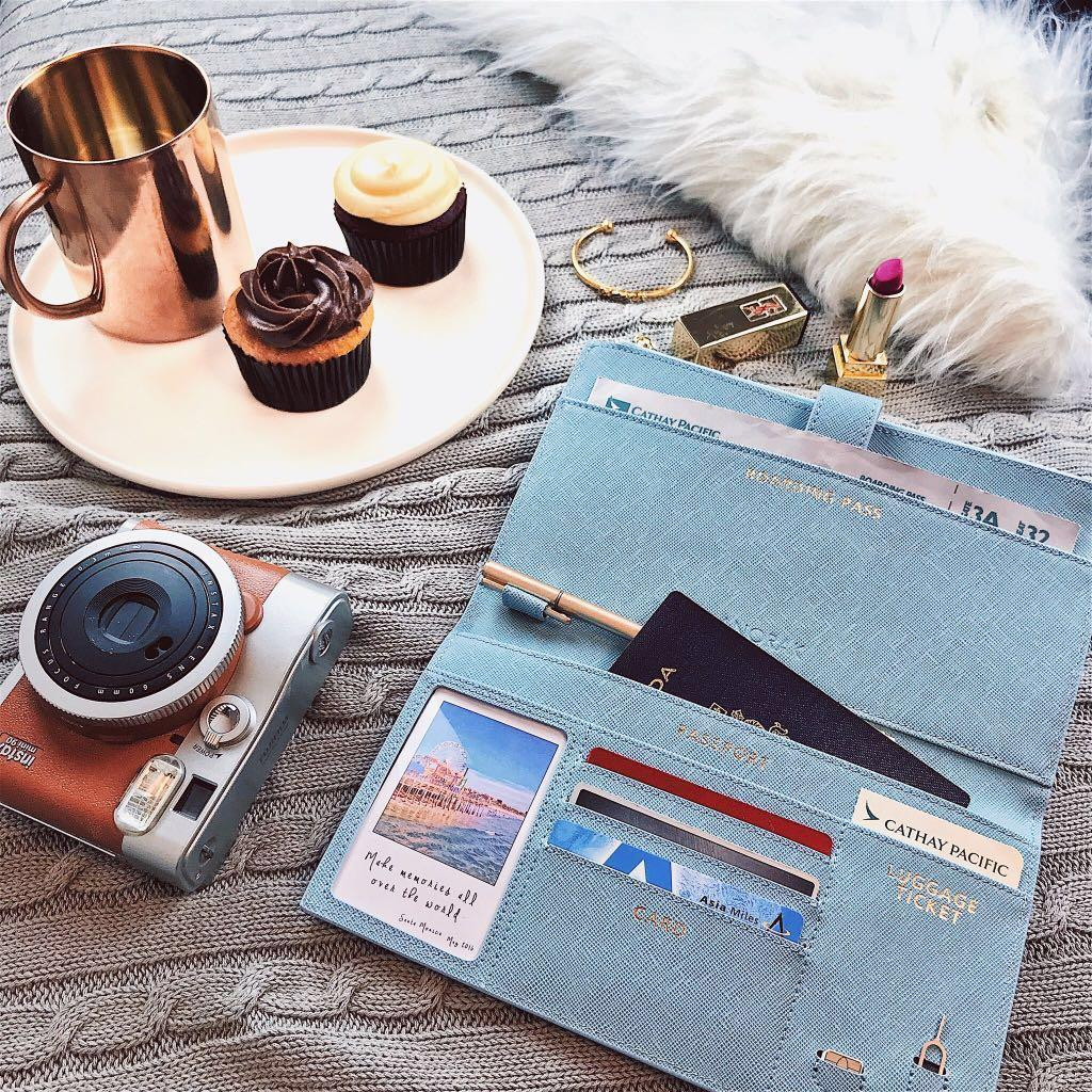 Anorak passport wallet real leather