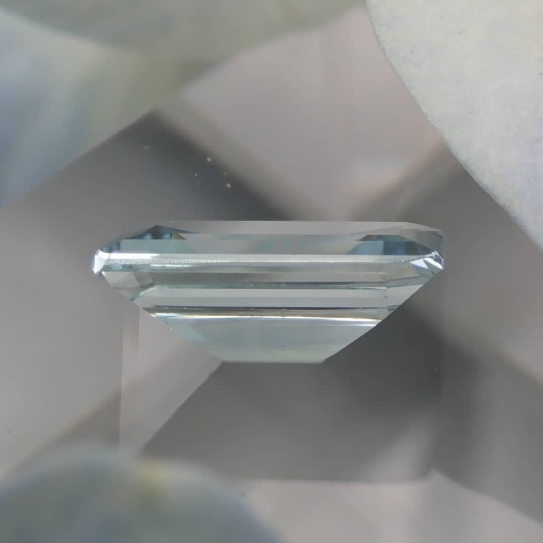 Aquamarine 海藍寶石