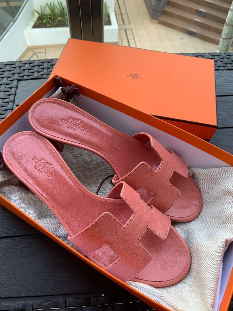 a67d618369db Authentic Brand New Hermes Oasis Oran Sandals size 37.5, Women's Fashion,  Shoes, Flats & Sandals on Carousell