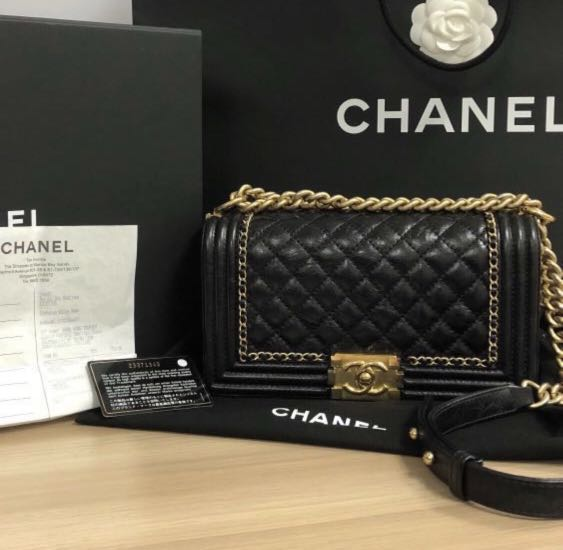 bcc5a7582575 Chanel Boy Old Medium Jacket Distressed Aged Ghw Flap Black Calfskin  Leather Shoulder Bag, Luxury, Bags & Wallets, Handbags on Carousell