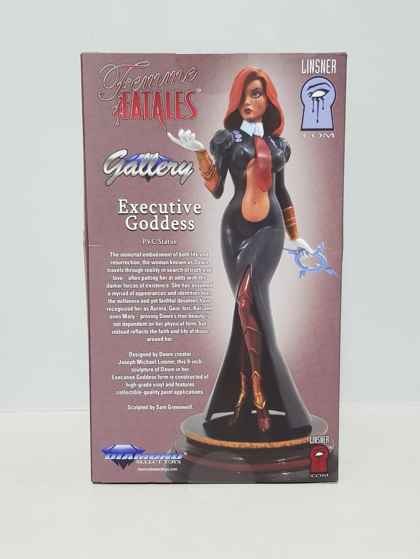 DIAMOND SELECT TOYS Femme Fatales Dawn Executive Goddess PVC Vinyl Figure