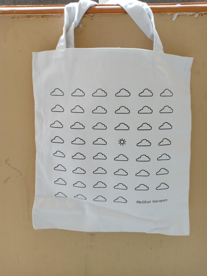 Tote bag awan